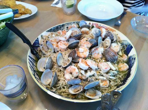Clam and Shrimp Scampi Recipe - (4.1/5) image